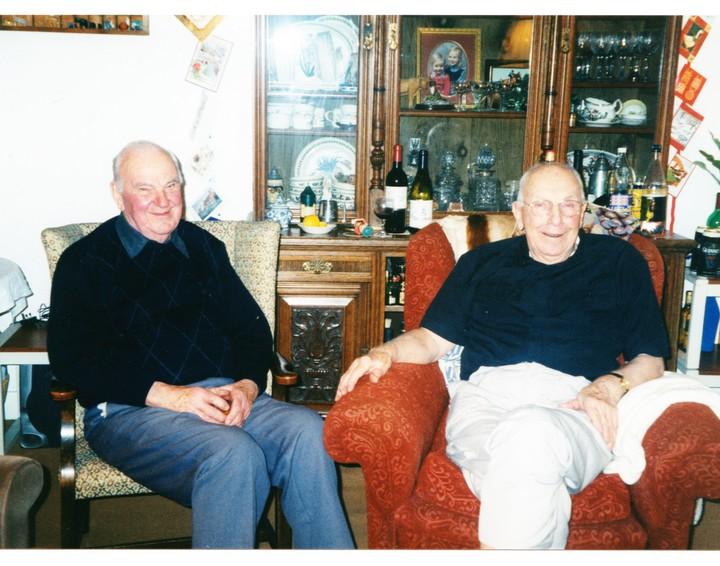 Bill Creswick and Maurice Ripon at Mike Peregrine's Christmas 2000