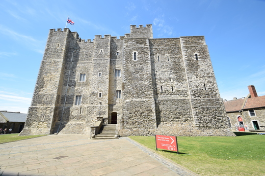 Dover Castle, UK: http://www.snaphappyphotos.net