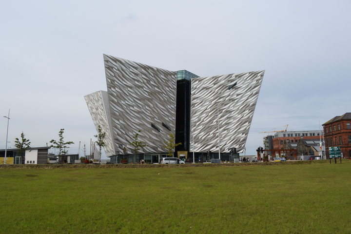 Titanic Museum, Belfast http://www.snaphappyphotos.net