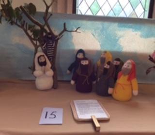 Jesus greets Zacchaeus