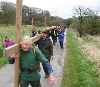 On the way to Roundway Hill on Good Friday 2