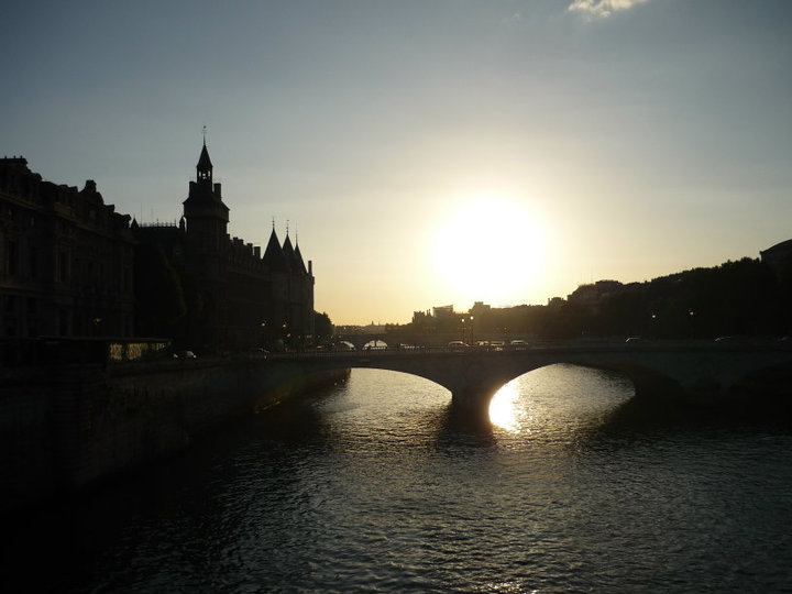 Sunset in Paris from Matt (Long Eaton)