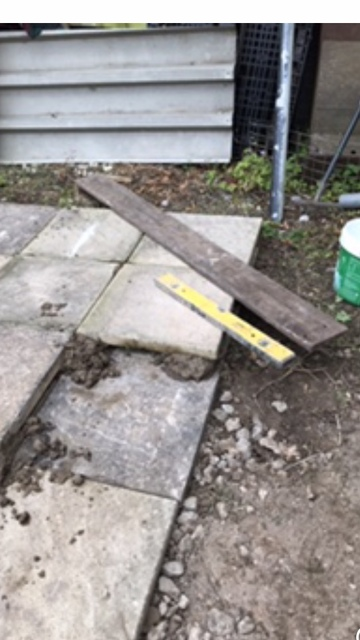 Oops! not enough cement left, use another slab for height